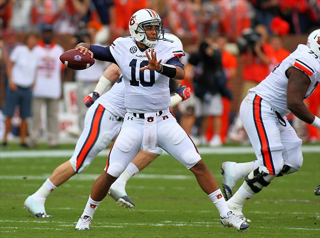 Former Auburn Tigers quarterback changes position to safety