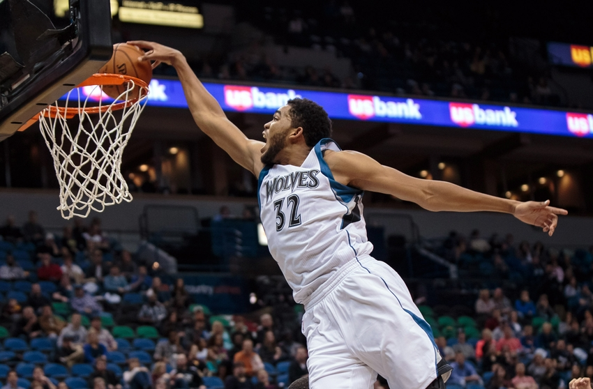 karl-anthony-towns-nba-preseason-milwauk