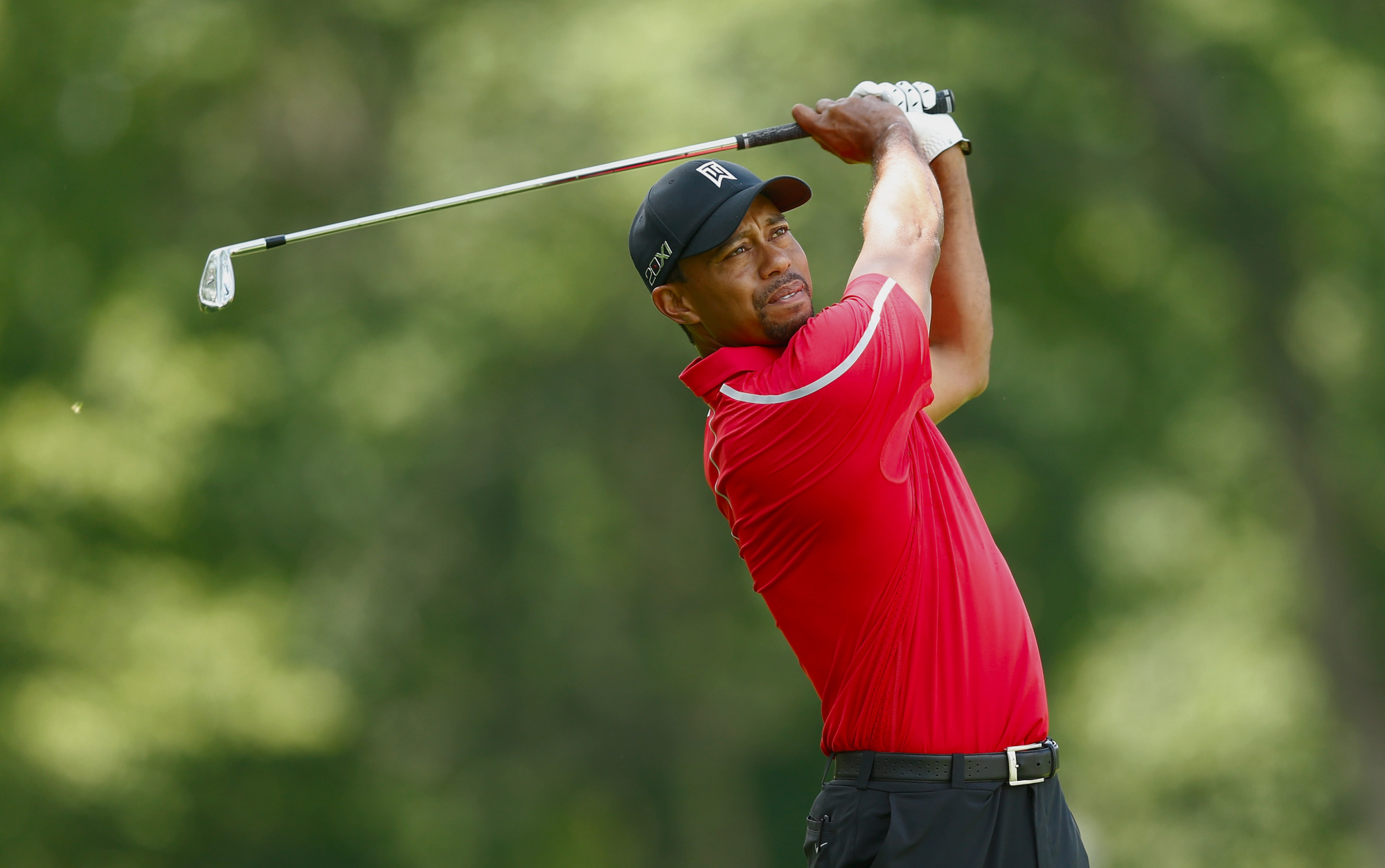 tiger woods supports mickelson u0026 39 s decision to play in fewer