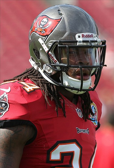 the best attitude 62f71 fd3bf Tampa Bay Buccaneers Safety Mark Barron Set for Huge 2013 ...