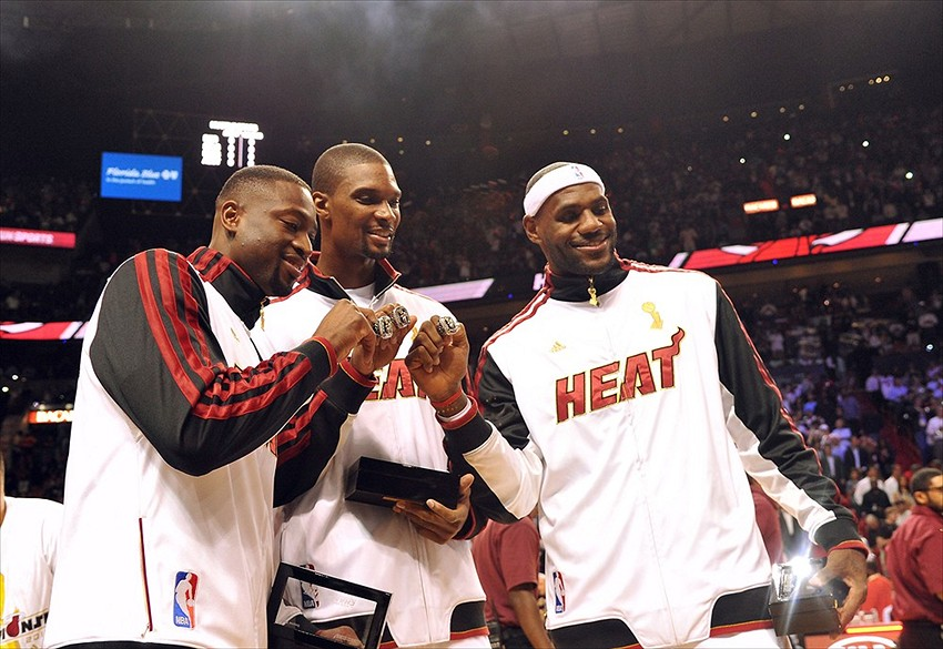 reputable site b0e70 9d439 Miami Heat to wear gold jerseys and 'ring collection ...