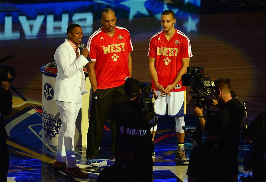 NBA All-Star Game: Stephen Curry sinks left handed three ...