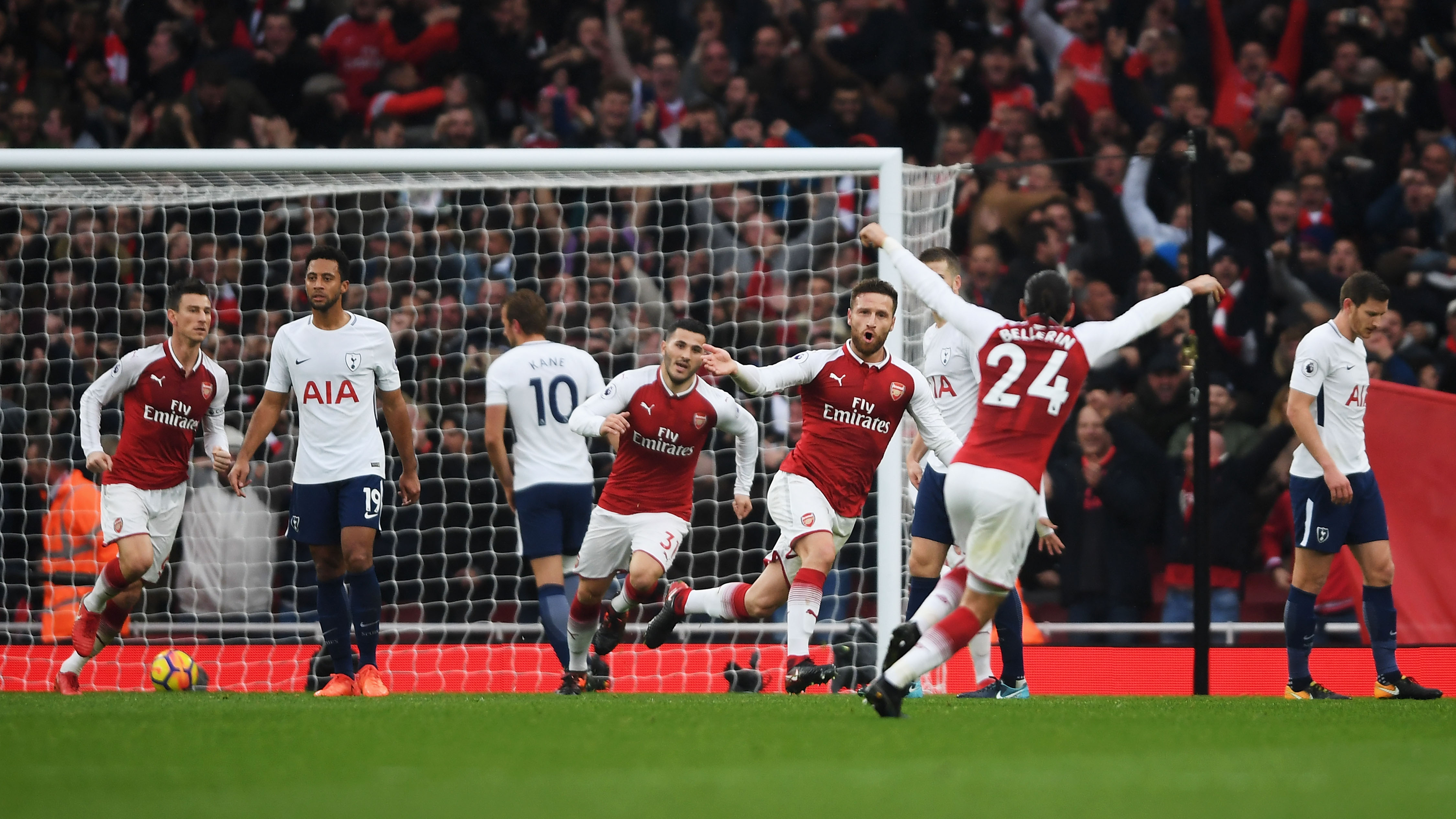 Arsenal can challenge, says Xhaka