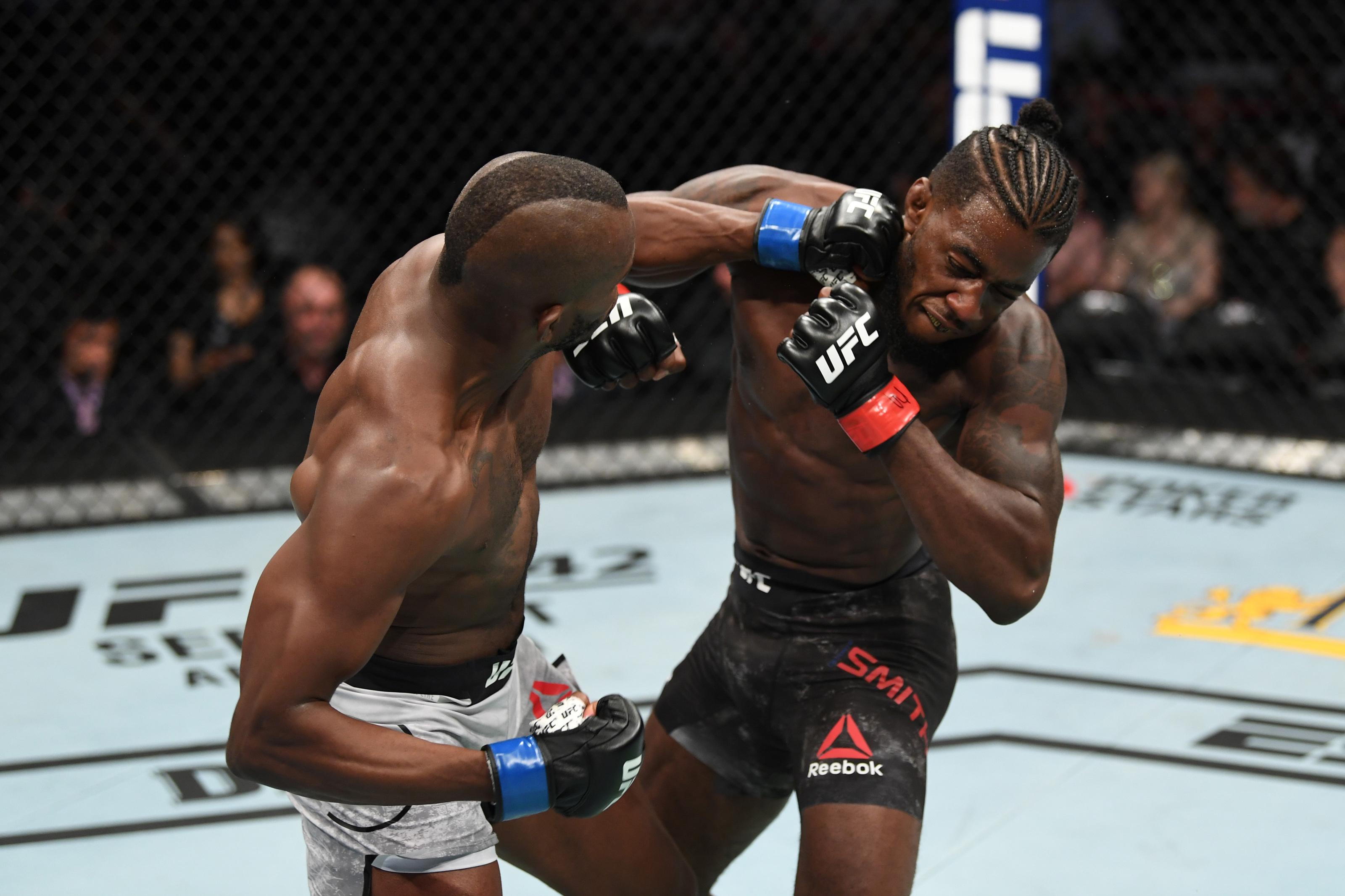 UFC 241: Khama Worthy drops, upsets friend Devonte Smith
