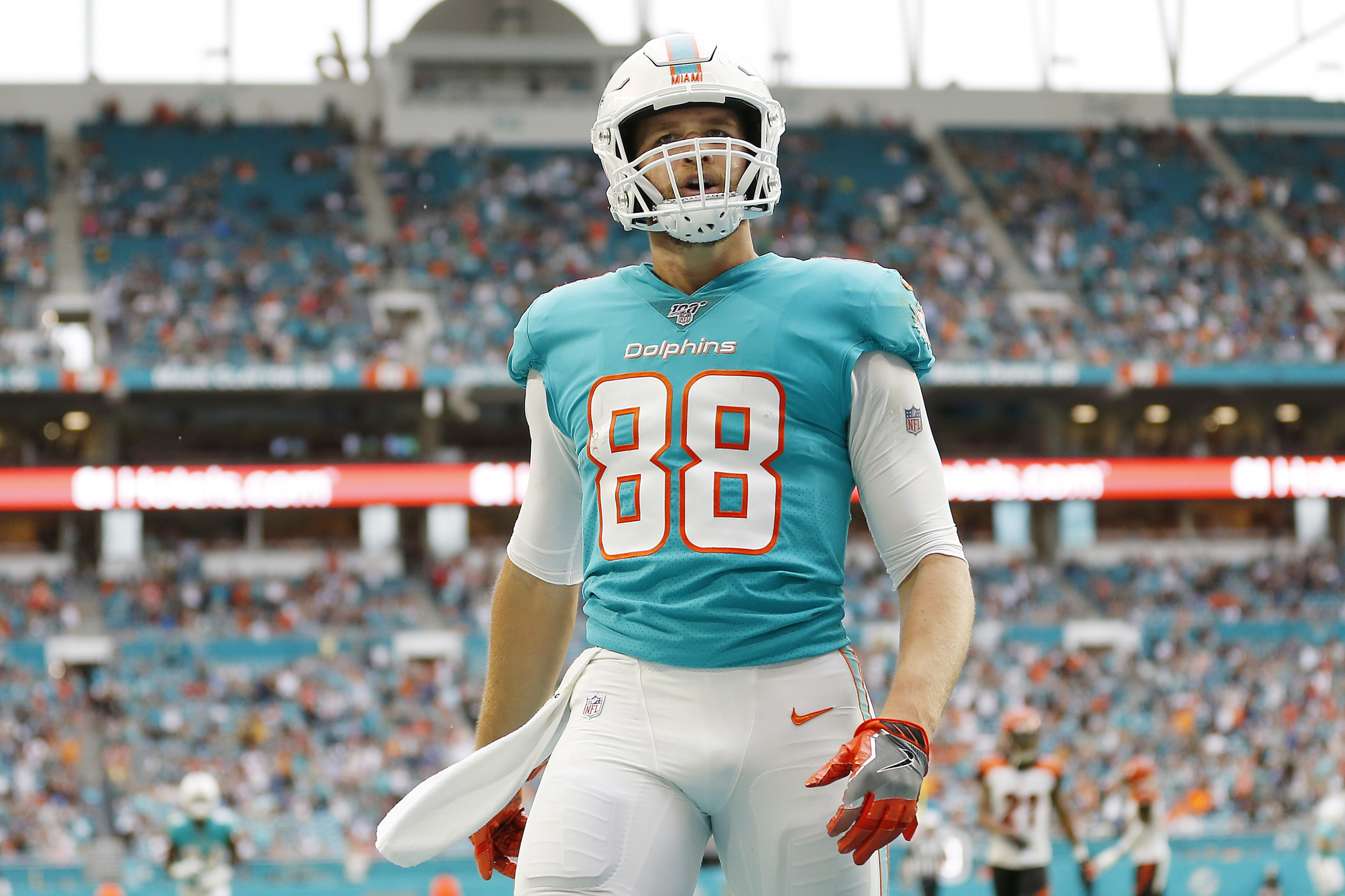 Mike Gesicki's fantasy value increases after Dolphins' opt-outs