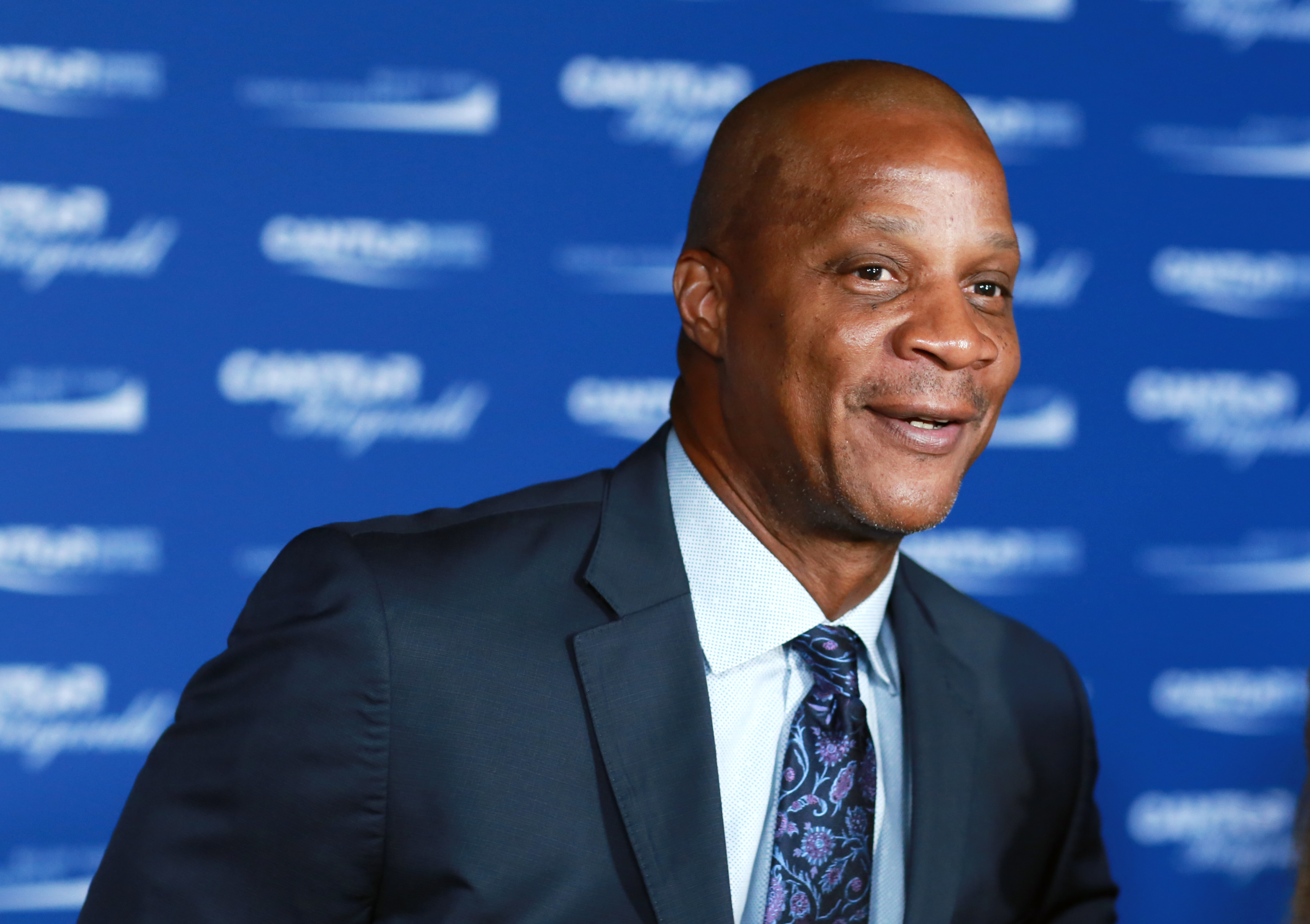 Darryl Strawberry Calls Mlb Instant Replay A Big Waste Talks Much More