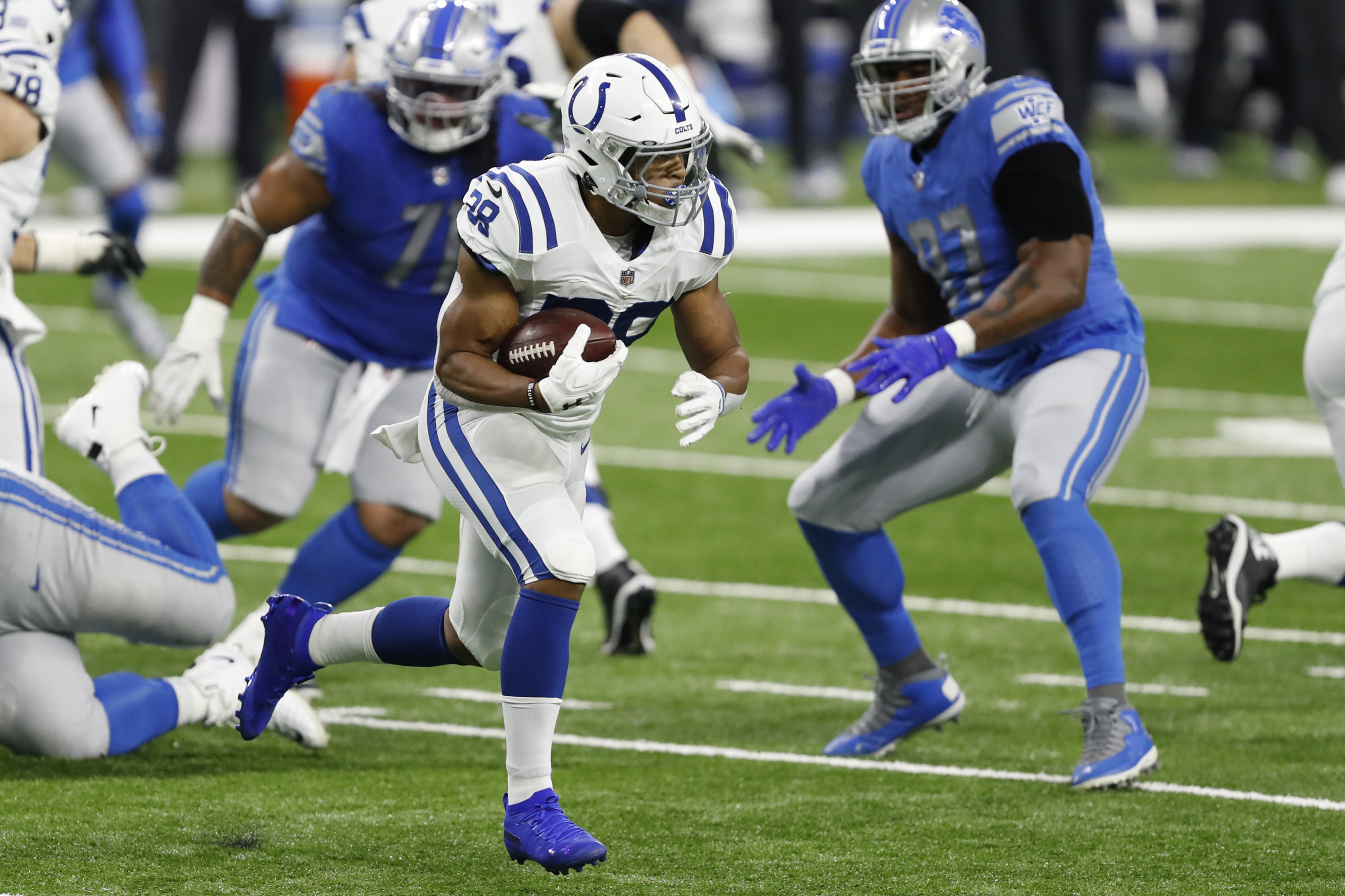 Colts' ground game went off, while Jonathan Taylor did not
